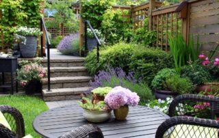 добавить уникальный элемент в ваш сад