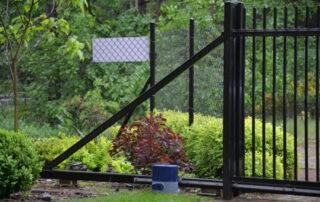 Ажурный забор - традиционно и недорого